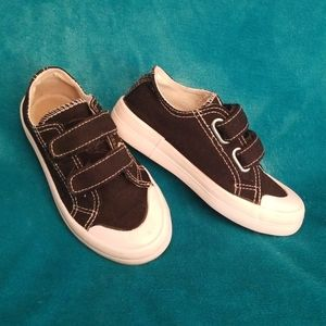 Used Joe Boxer Tennis Shoes with velcro straps
